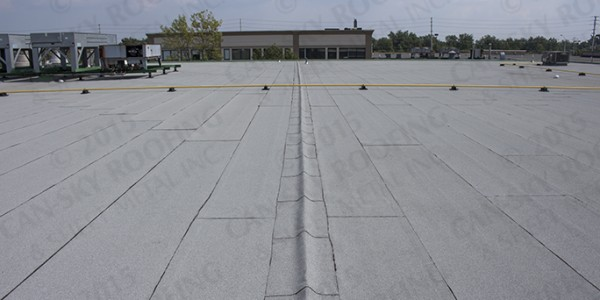 Modified bitumen flat roof replacement - Can-Sky Roofing and Sheet Metal Inc. - Milton, Ontario